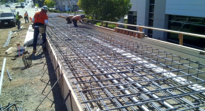 Image of Iowa Avenue paving work done by HLE
